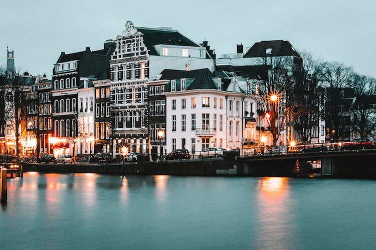 12 Things To Do In Amsterdam At Night Sam Sees World