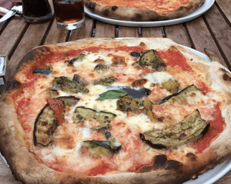 Eggplant pizza with cheese