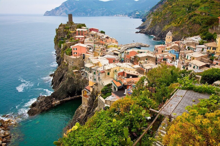 Houses of Cinque Terre and the ocean below