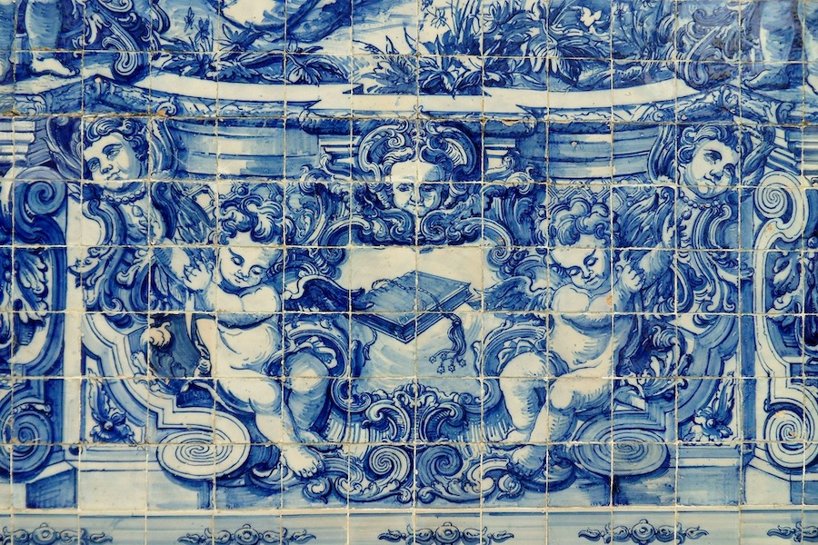 Azulejo tiles in the train station