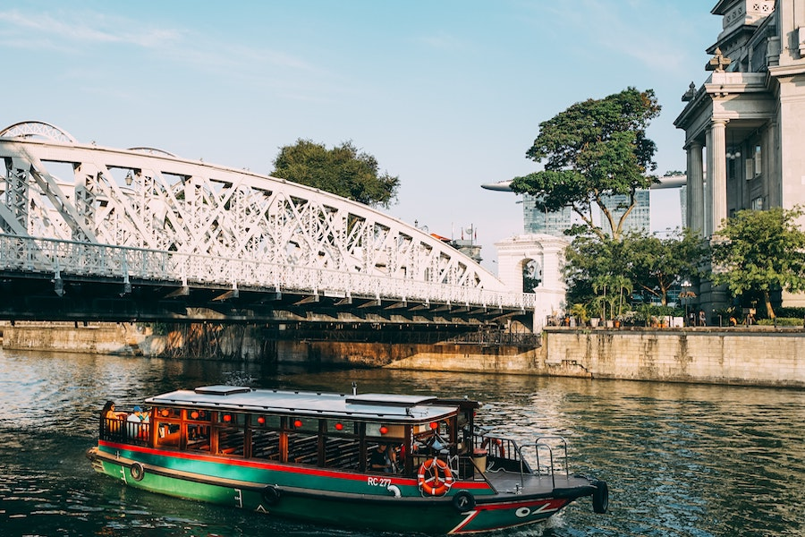 Things to do in Singapore for couples, river cruise