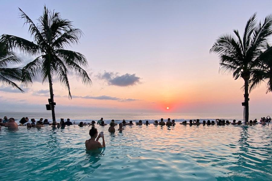 7-day Bali Itinerary - Beach club sunset