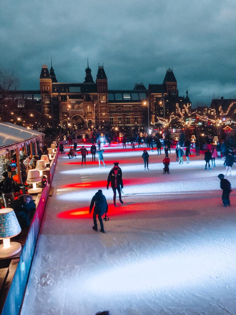 Skating at Rijksmuseum