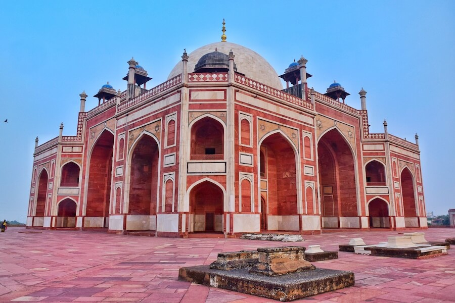 Red and white fort in Delhi