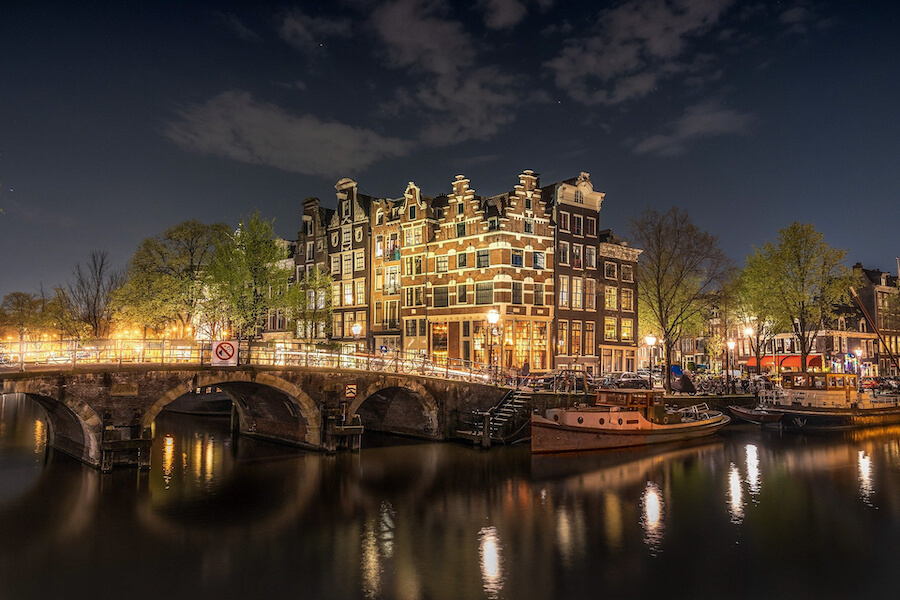Night view of a bridge lit up