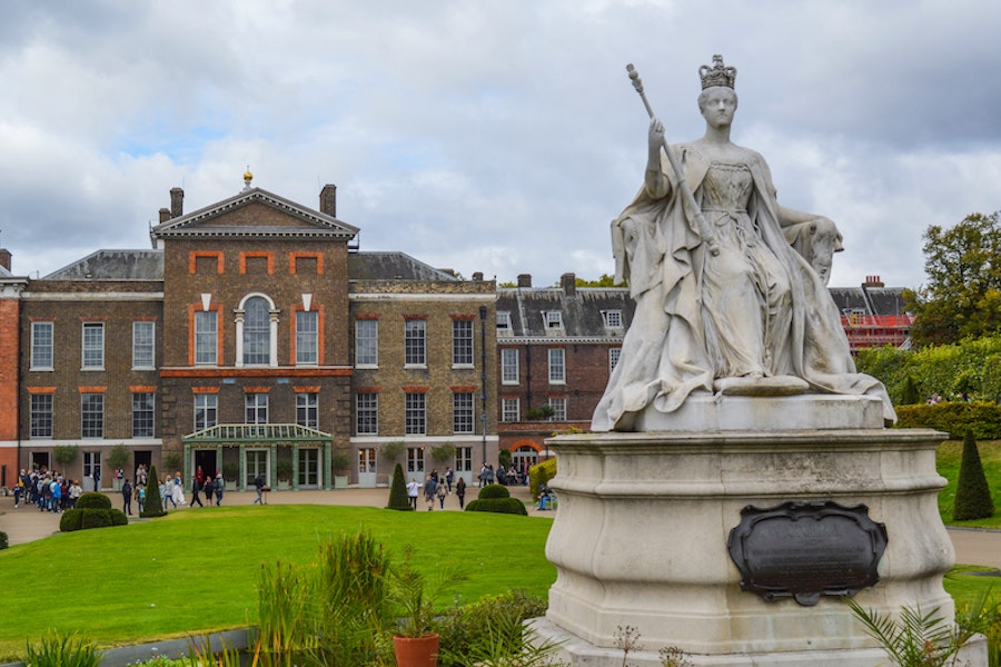 Palace with a staue