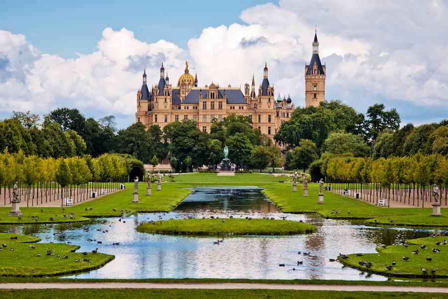 The beautiful, fairy-tale castle in Schwerin